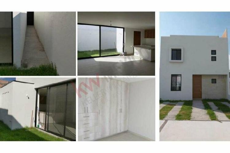 Se vende casa nueva con opcion a 4ta recamara
