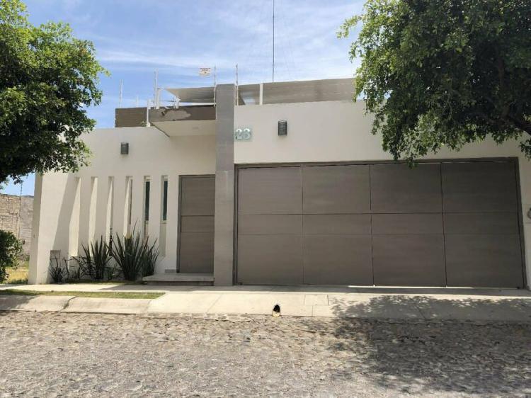 Casa en venta fraccionamiento puerta del sol