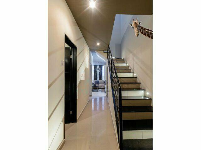 Casa en venta en cumbres santa clara