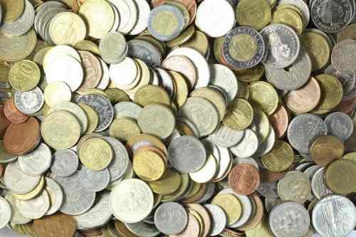 Lote 100 monedas extranjeras(países exóticos)