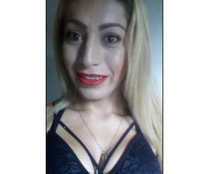 Miranda una linda caliente y joven transexual