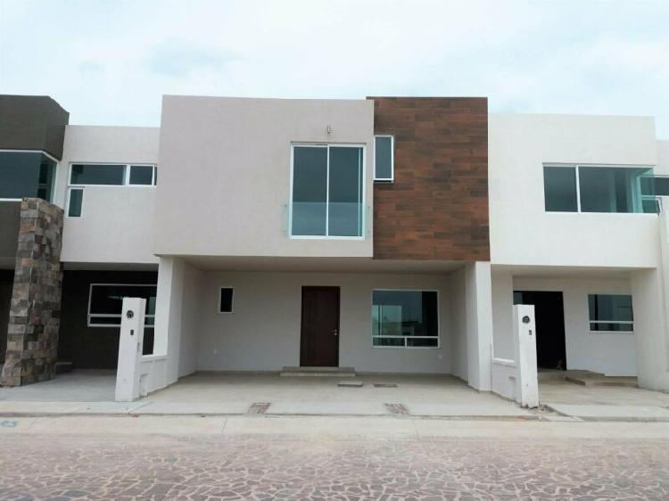 Casa nueva en venta totalmente equipada y con finos acabados