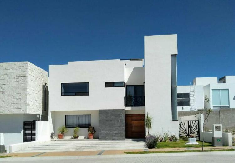 Casa en condominio - colinas de balvanera /