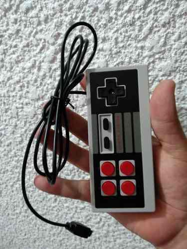 Control para mini consola con 620 video juegos retro