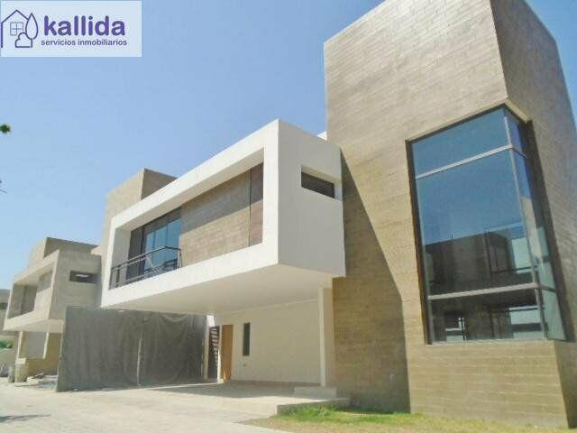 Kallida renta o vende residencia nueva en casa del bosque,