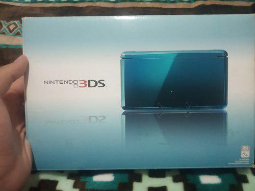 Nintendo 3ds azul en caja original.