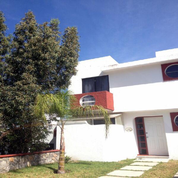 Casa amueblada villas del meson juriquilla, qro