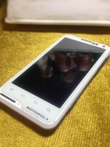 Motorola xt615 para piezas o reparar