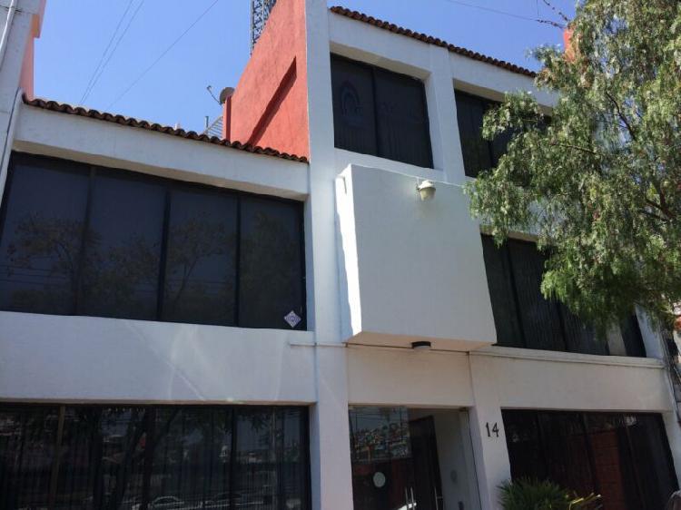 Oficina en renta 35 m2 blvd bernardo quintana queretaro