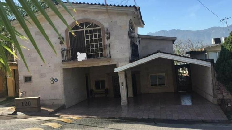 Casa en venta colinas de san jeronimo monterrey /