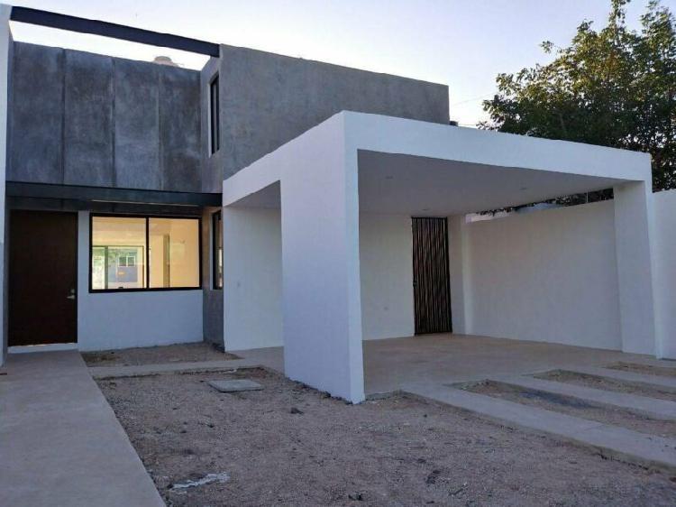 Casa - Fraccionamiento Nuevo Yucatán /