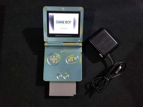 Gameboy advance sp azul 101 - con detalle en pantalla