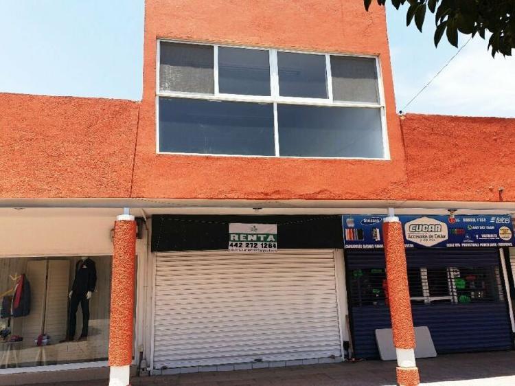 Renta de local comercial en Plaza de las Américas