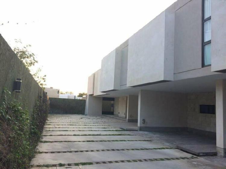 TOWN HOUSE EN PRIVADA FTE ALTABRISA 2 HABS $13 MIL