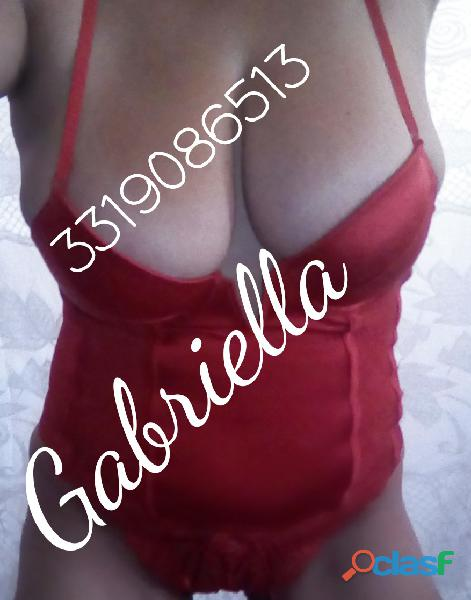Gabriella super candente de tetitas 100% naturales 34 dd