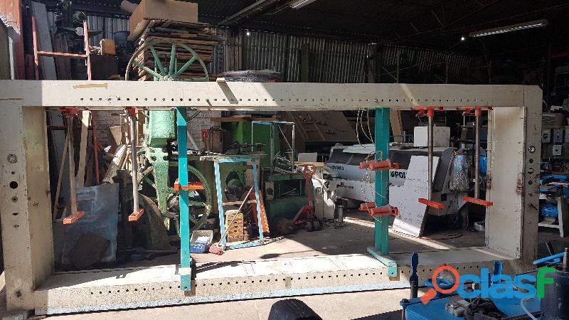 Prensa armadora de cuerpos Ocmac 550 cm 16 pistones 2