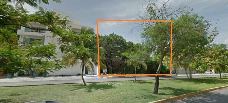 Terreno de 800 m2, uso de suelo comercial, sm 11