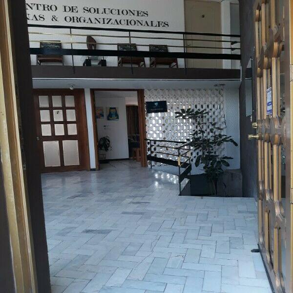 Renta de oficinas y consultorios en bellas loma