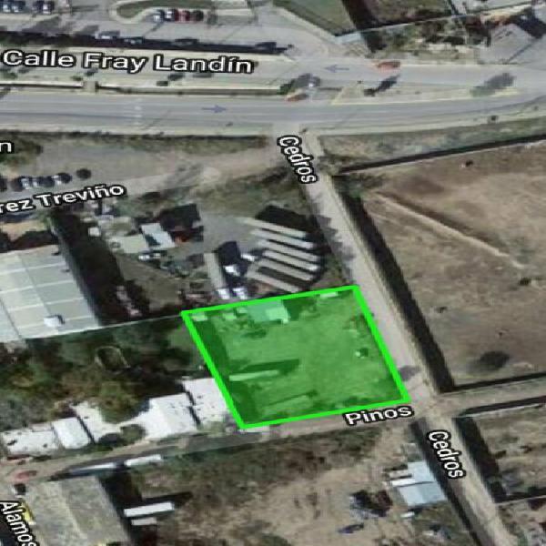 Se renta terreno 2200 mts frente hospital general