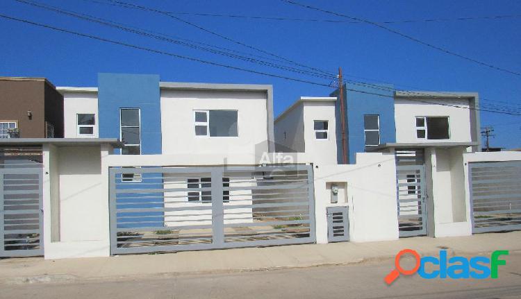 Casas en venta en colonia aeropuerto, ensenada, b.c