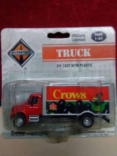 Camion caja seca international escala 1.87 linea boley