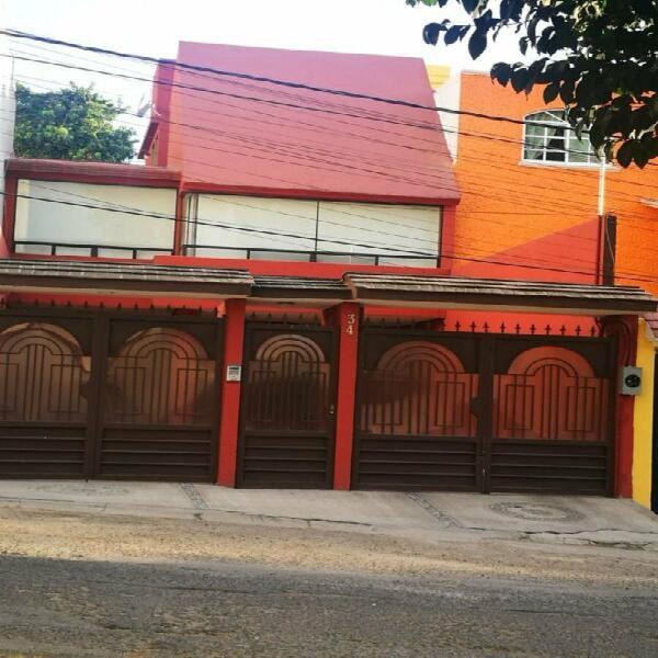 Casa en remate en jardines de bellavista, tlalnepantla