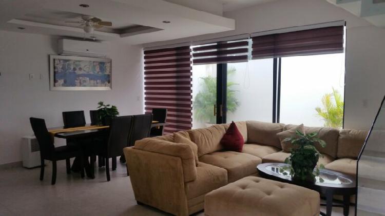 Casa en venta en residencial arbolada cancun