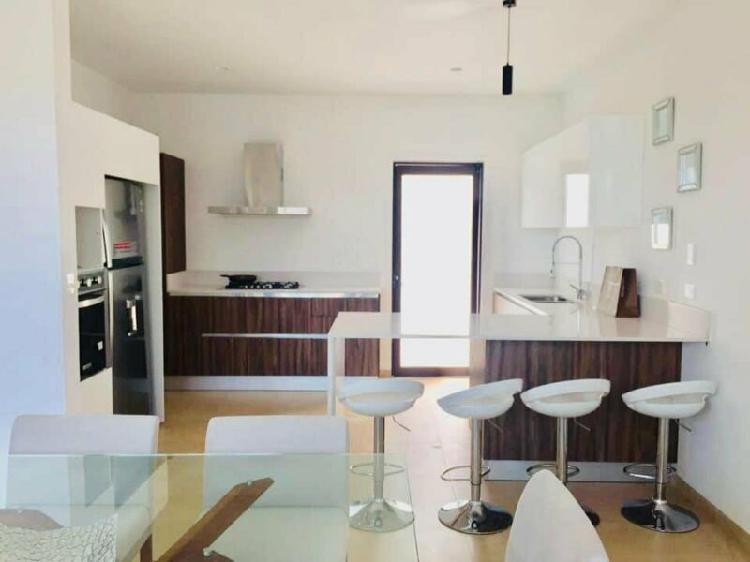Hermosas casas nuevas equipadas en residencial haciendas