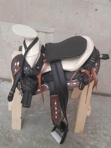 Montura para caballo silla charra cola pato cr 2 envío