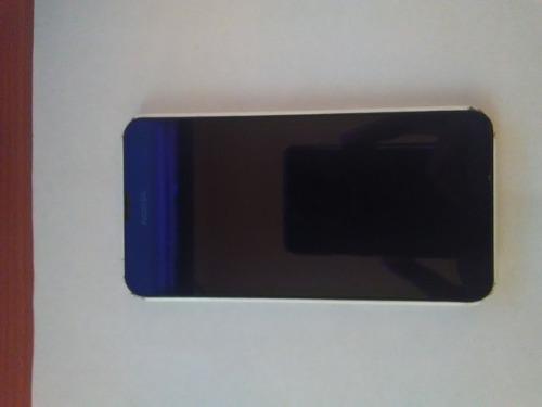 Nokia lumia 635 con detalle