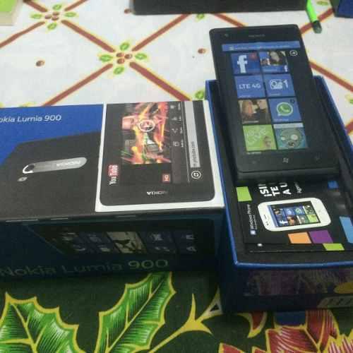 Nokia lumia 900 color negro. nuevo.libre. $2499 con envio.