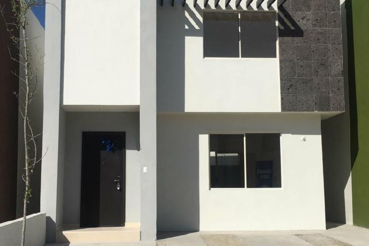 Rcr439560 hermosa casa nueva amueblada en fracc real ankara