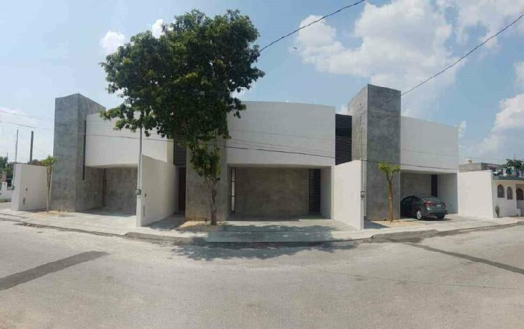 Town house en venta santa maría chuburna, a estrenar