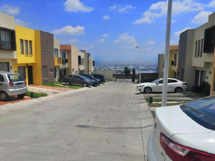 Rento casa en: residencial las terrazas