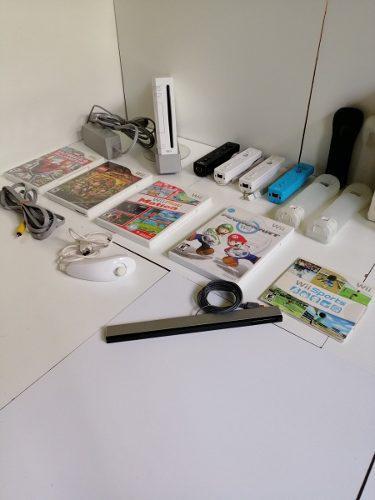 Wii con 5 juegos, 4 controles, wii wheel y mucho más. bbb.