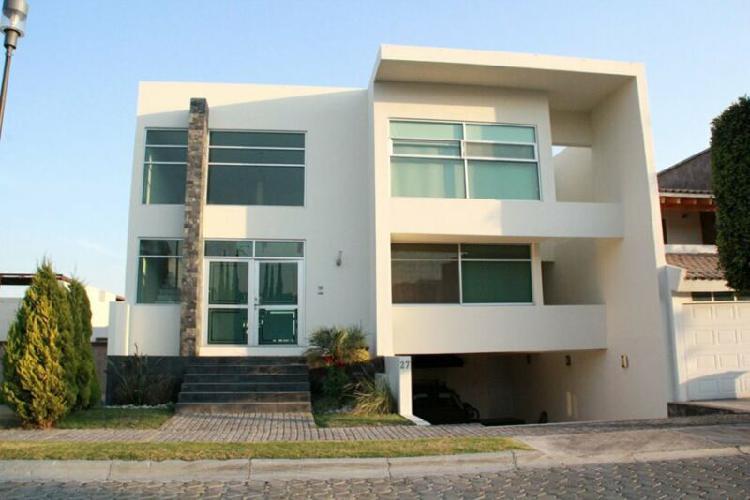 Casa semi nueva en lomas de angelopolis 1 cluster 999 san
