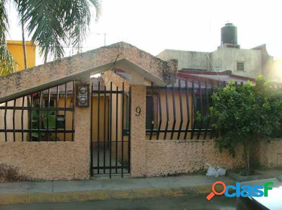 Casa con local comercial en cuernavaca, morelos