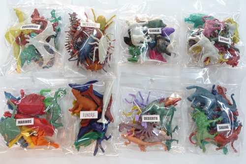 Maqueta escolar de animales, personas, arboles. 10 paquetes