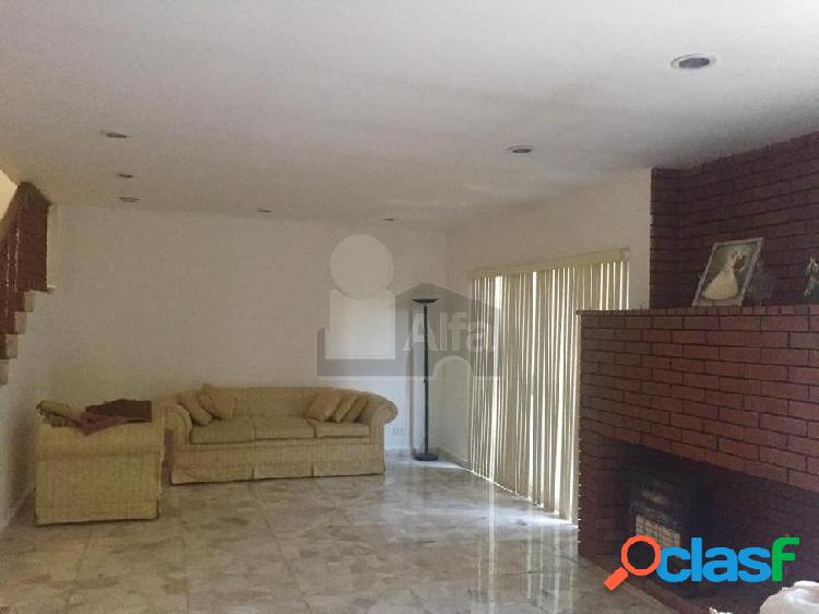 Casa en venta Col. Roma a unas cuadras del Tec de Monterrey, ideal para departamentos 2