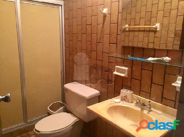 Casa en venta Col. Roma a unas cuadras del Tec de Monterrey, ideal para departamentos 3