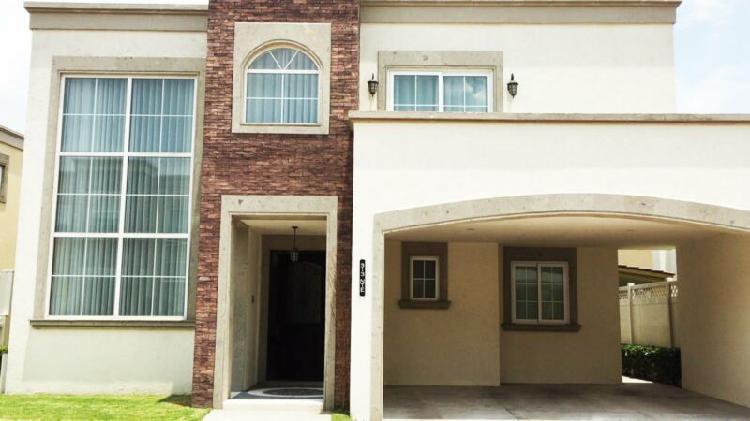 Casa en venta en residencial portofino paseo de la asuncion