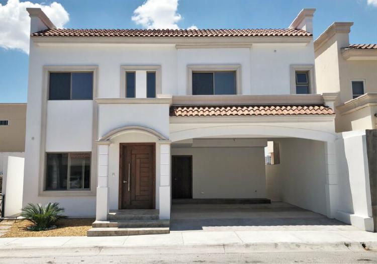 Casa en venta residencial la escondida zona club britania