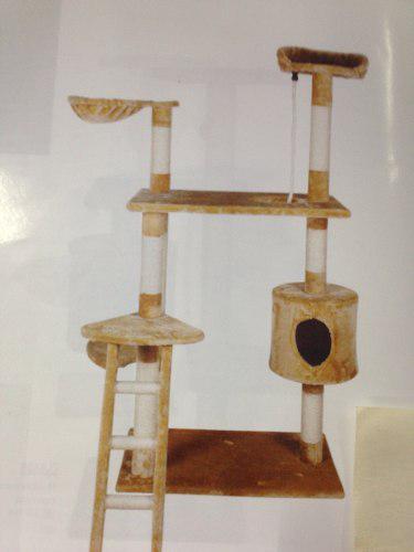 Rascadero c/escalera y gatera (color único)