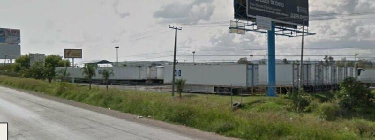 Terreno comercial en venta frente parque industrial bernardo