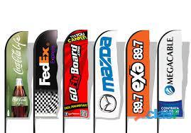 Fly banners con su marca impresa varios modelos