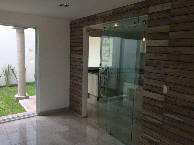 Pre venta de casa por plaza explanada en momoxpan