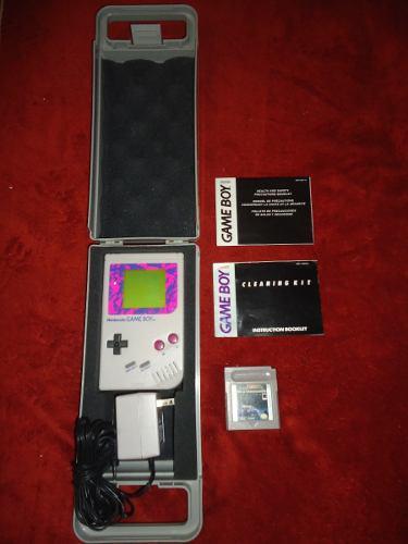 Gameboy clasico con estuche, manuales, eliminador y 1 juego