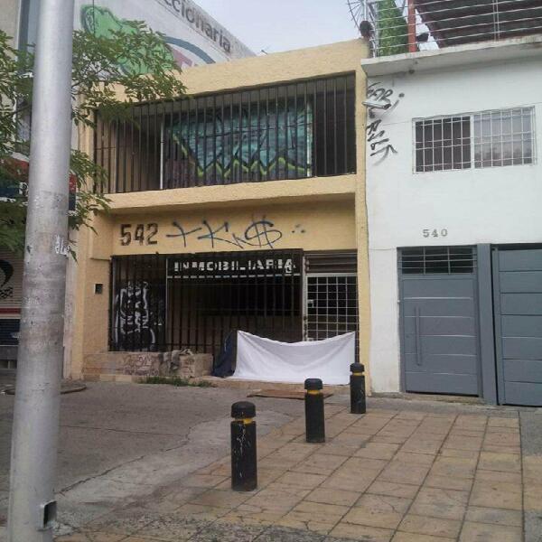 Rento local comercial centrico adaptado oficinas