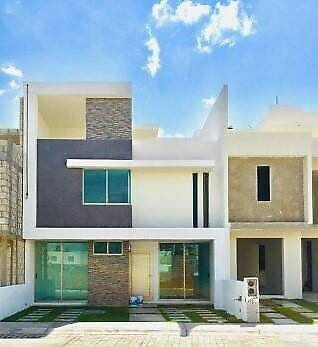 Casa amplia en paseos de la herradura 4 recamaras