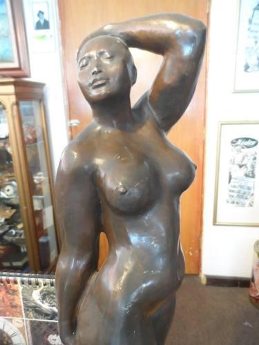Escultura De Bronce Armando Amaya Figura De Mujer 1988